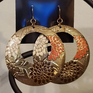 Jewelry - 2/$20 Large Hammered Gold Floral Hoops